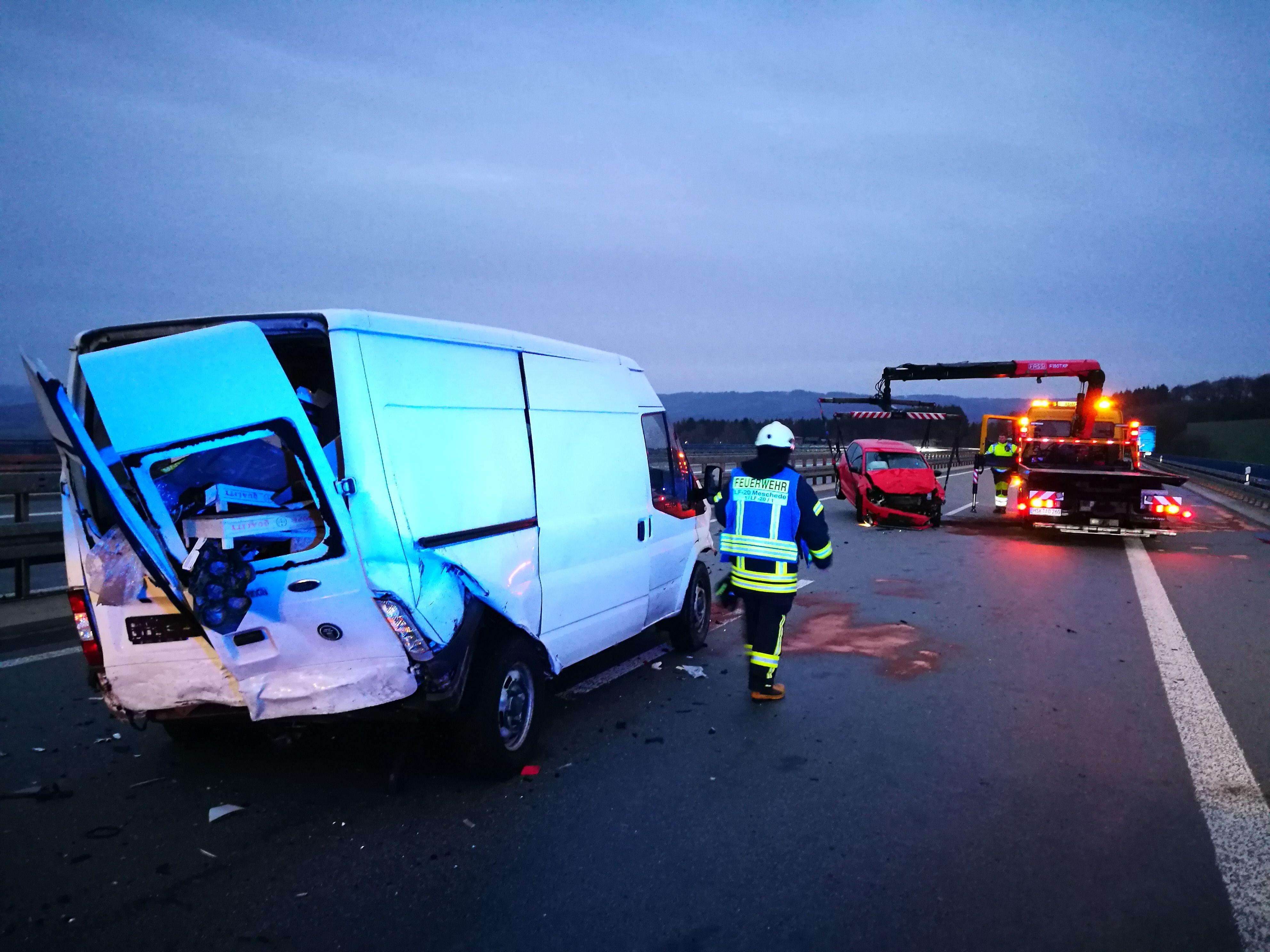 Stadt_Einsatzberichte_2019/Verkehrsunfall_BAB46.jpg