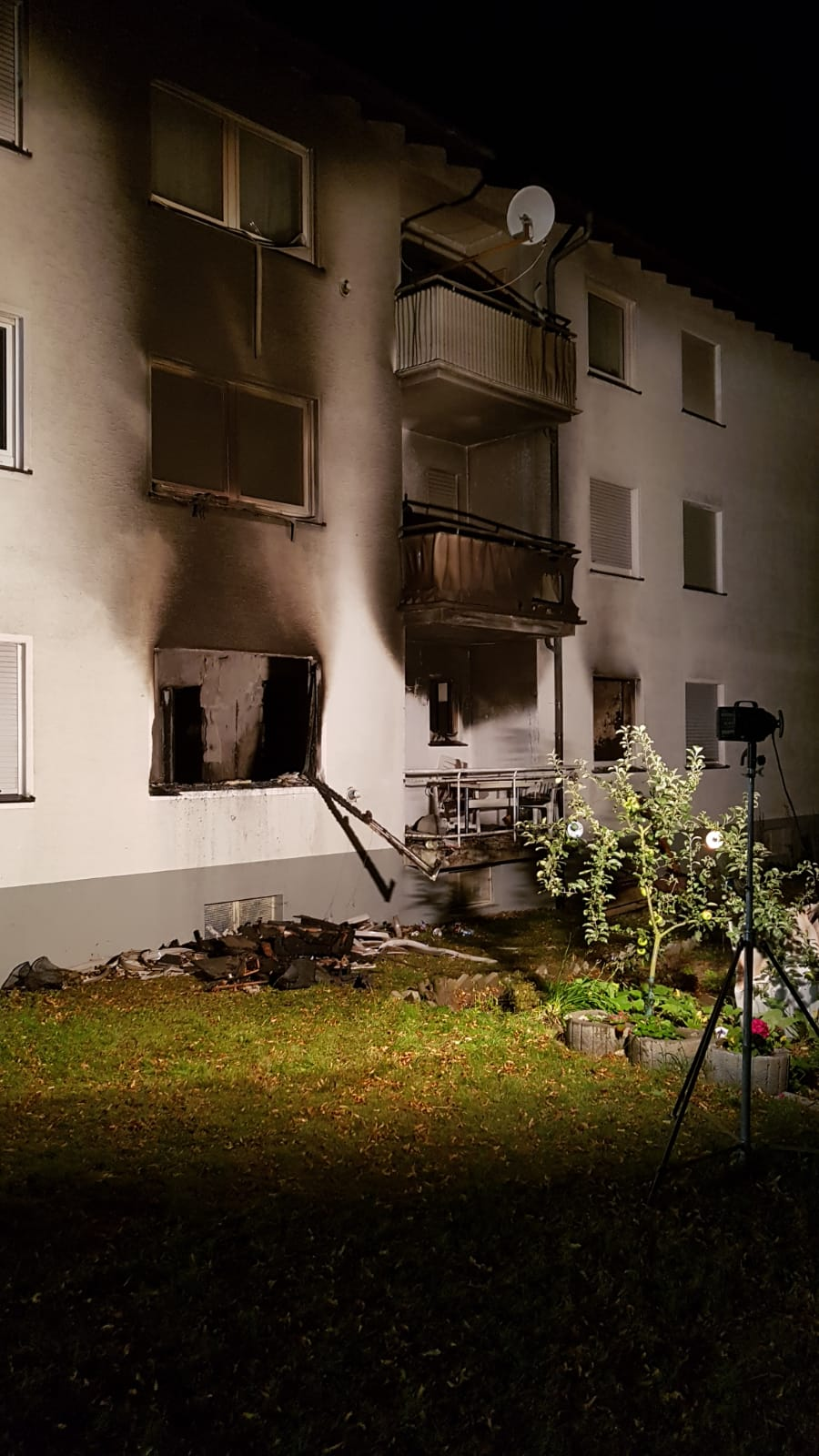ausgebrannte Wohnung in Mehrfamilienhaus in Bestwig-Velmede