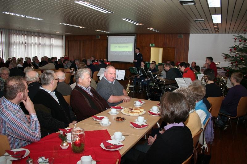 stadt/2012_Adventsfeier_Ehrenabteilung_001.jpg