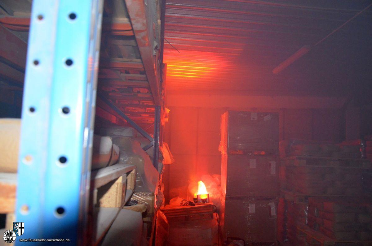 Simmulierter Brand mit Feuerscheinsimulation