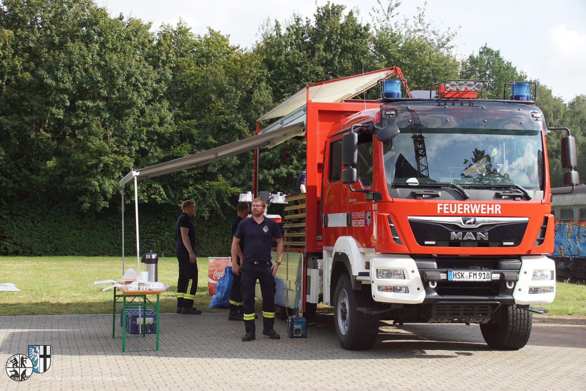 Der Gerätewagen Logistik wurde hier für die Verpflegung eingesetzt