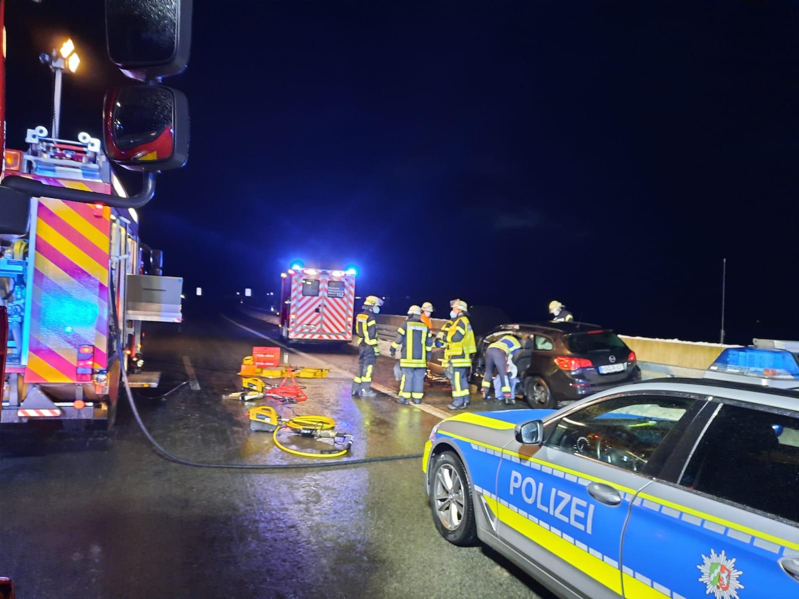 Bild: Feuerwehr Bestwig / Einsatzstelle BAB 46