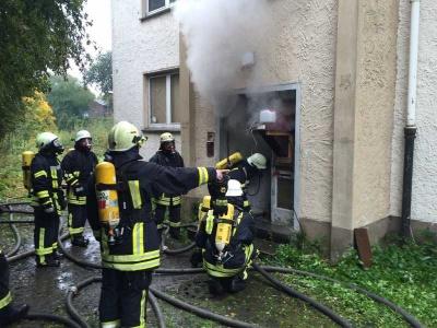 Vorschaubild - Betreten des Brandhauses